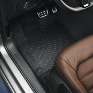 Golf SV Front Rubber Mats